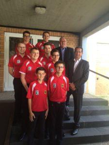 Die Jugendnationalmannschaft samt Betreuer